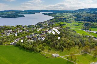 Se Isvik Hageby og diverse, 5574 VINDAFJORD bilde 2