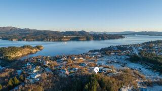 Se Foldrøyhamn 35/106, 5428 Bømlo bilde 2