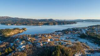 Se Foldrøyhamn 35/107, 5428 Bømlo bilde 2